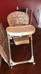 Chaise haute peg-perego