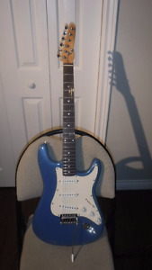 Custom Guitar Right handed with Amp