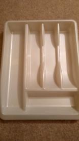 Plastic cutlery organiser