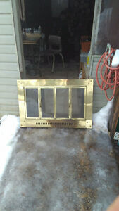 Glass fireplace grate