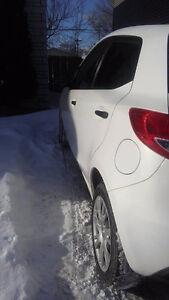 Mazda Mazda2 9000$ ou reprise de bail
