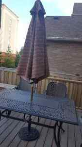Newer patio set for sale