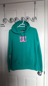 DC hoodie, excellent condition