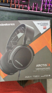 MINT SteelSeries Arctis 3 All-Platform Gaming Headset for PC,