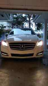 Mercedes Benz RClass clean and fresh!!