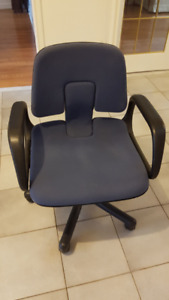 Adjustable height office/desk chair  -  armrests and 5 wheels