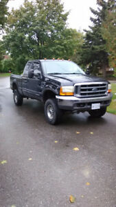 1999 Ford F-350 Pickup Truck