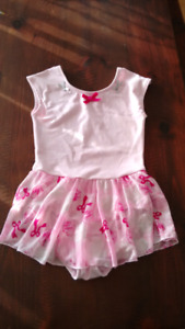 Girls dance outfit size 12/14