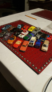Vintage Lot Of 22 Cars & Hot Wheels - small cars