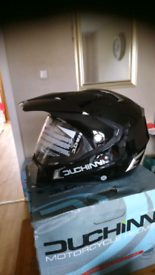 Duchinni 311 Black Gloss dual helmet