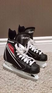 Like New Size 2 CCM Intruder Youth Junior Hockey Skates