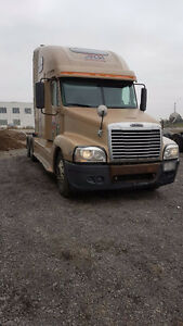 5 UNITS AVAILABLE- 2007 FREIGHTLINER CASCADIA