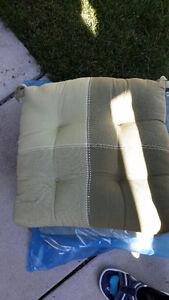 4 Seat cushions Peterborough Peterborough Area image 1