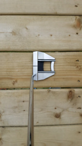 """Scotty Cameron Future X7M Putter. RH, 34"""". Used 4 times."""