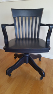 Swivel Chair Kijiji Free Classifieds In Ontario Find A