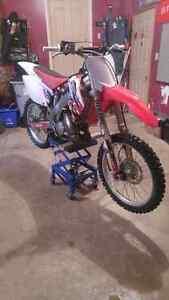 2007 cr125