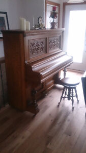 Piano Antique 1880 collection