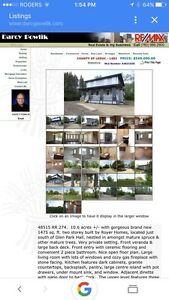 Beautiful acreage for sale in Leduc country