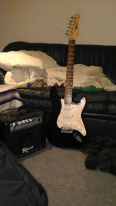 Electric guitar amp and travel case