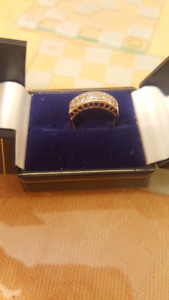 Channel Set 24 Diamante gold ring