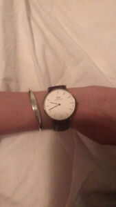 Montre Daniel Wellington 38 MM fonctionnelle / Authentique !!