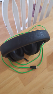Razer áll platform and pc compatable gaming headset