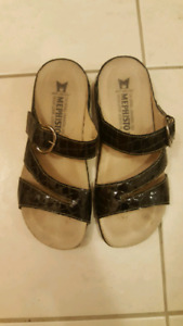 brown open toe mephisto leather sandals