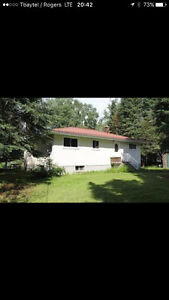 Sioux Lookout home for sale- 1.3 acres on Abram Lake