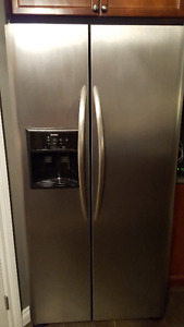 Kenmore Side by Side Refridgerator For Sale