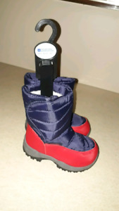 Snow boots for toddler