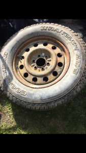 Toyota Tundra spare Tire and Rim Goodyear 265-70-17