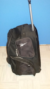 Reebok 10k rolling hockey bag