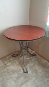 Small Round Kitchen Table and 2 Chairs
