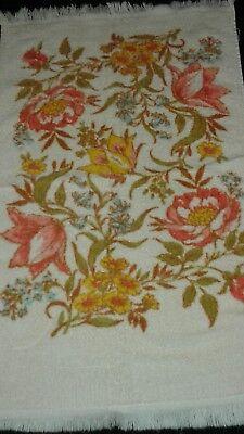Vintage CREAM & CORAL FLORAL  100% Cotton USA  Hand (Coral Floral Hand Towel)
