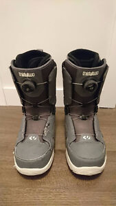 Thirtytwo snowboard boots and snow pants