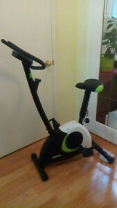 Advantage fitness exercise bike with digital display DELIVERED!