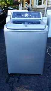 Laveuse Maytag Bravo 4 ans grise
