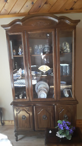 Sideboard/display Hutch with 2 side tables