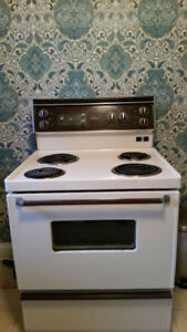 24 Inches Electric Stove