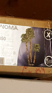 Set of 3 lighted palm trees