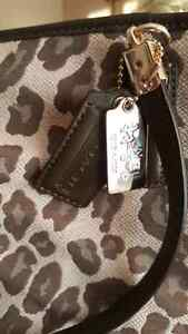 Coach Purse for Sale Cornwall Ontario image 2