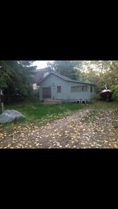 Cozy cabin for sale in Manitou Beach