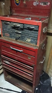 Tool box for sale comes in 3 pieces needs to be cleaned or redon
