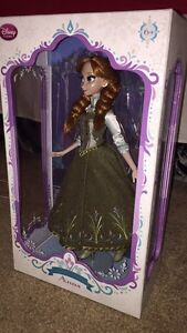 "Disney Store 17"" Collector Anna Doll - Frozen"