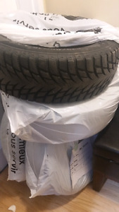 Like New Winter Tires 215/60R16