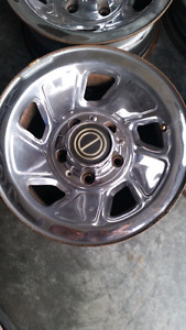 "15"" CHROME FORD F-150 WHEELS"