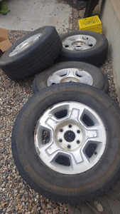 265/70r17 with Chevrolet rims