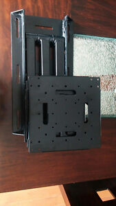 "B-tech Full motion wall mount with 32"" extension bt8412"