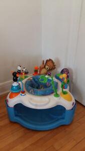 Centre d'activité - exerciseur baby einstein