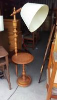 Roxton Maple End Table Lamp Combo
